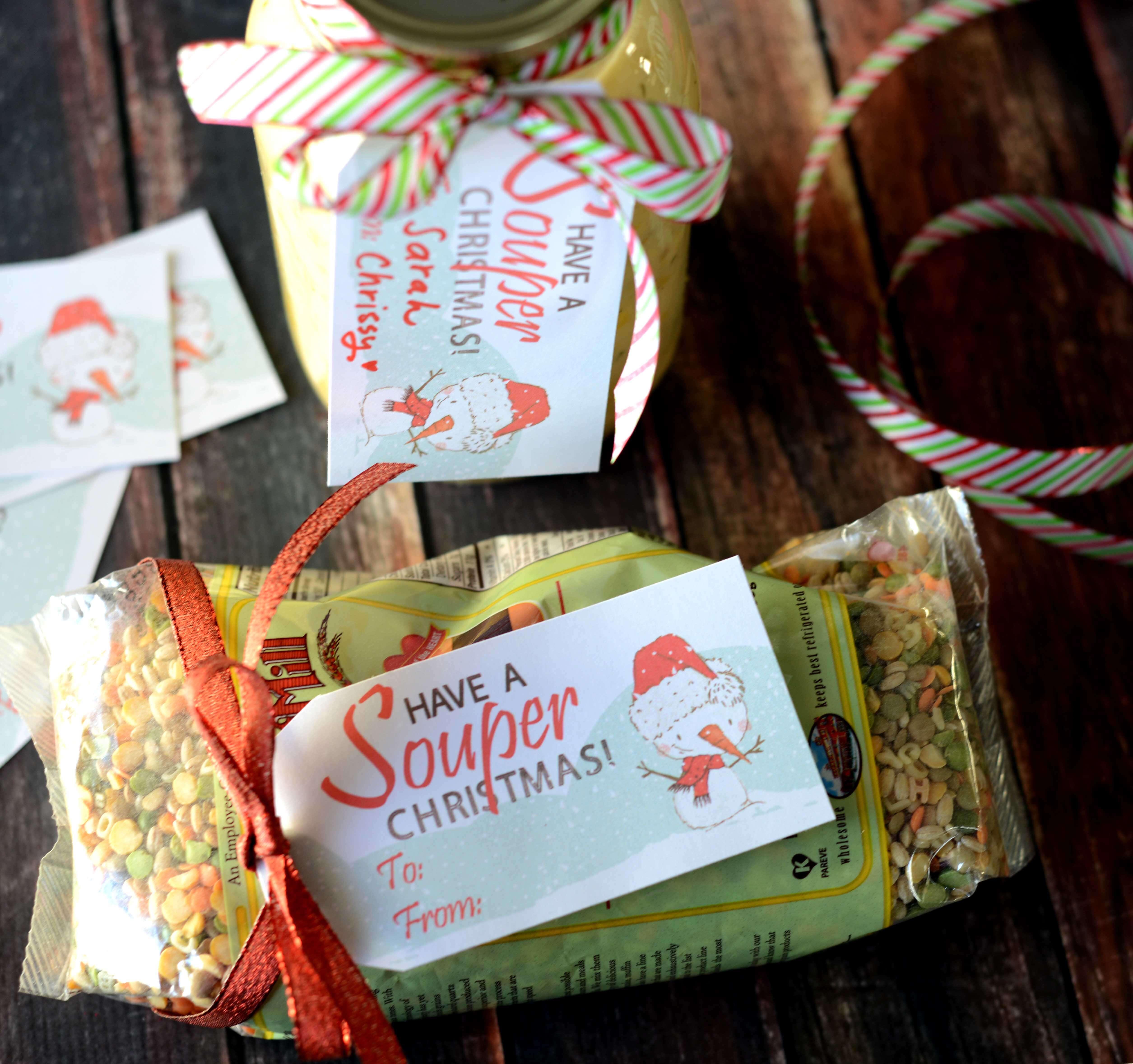 Christmas Gift Tags To Make.Free Souper Christmas Gift Tag Teepee Girl